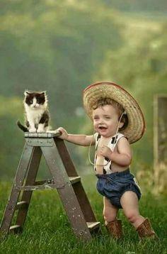 Animals pics cute kids pics, beautiful children y cute baby pic Cute Kids Pics, Cute Baby Pictures, Cute Animal Pictures, Animals For Kids, Cute Baby Animals, Animals And Pets, Silky Terrier, Cute Animal Videos, Baby Kind
