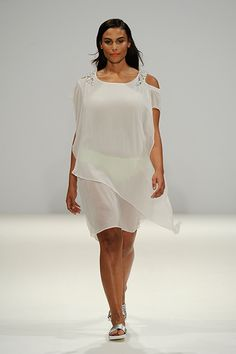 Plus Size Fashion | This Runway Show Just Made History : http://www.refinery29.com/2014/09/74692/evans-london-fashion-week-spring-2015#slide1