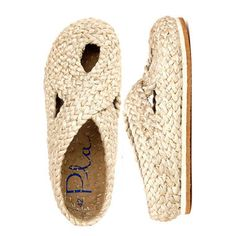 // natural illetes, handcrafted shoes from Pla
