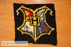 Square #1: The Hogwarts Crest (Harry Potter CAL) | Two Hearts Crochet