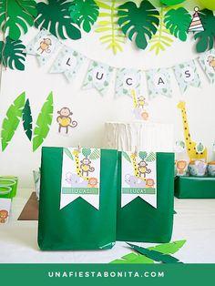 etiquetas para decorar bolsas fiesta selva Safari Birthday Party, Baby Boy Birthday, Jungle Party, Diy Party Decorations, Party Themes, Animal Party, Baby Boy Shower, First Birthdays, Party Favors