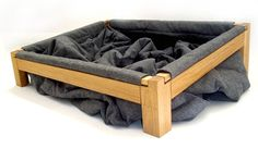Dog Bed - Pallet Boards and a big comforter!