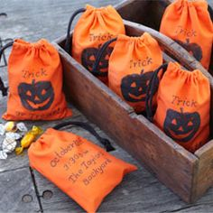 How to Throw a Halloween Party | Pottery Barn Kids