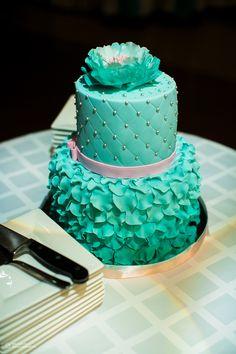 Торт в бирюзовой гамме