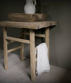 Authentiek houten Sidetable /Muurtafel