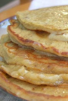 My Tasty Treasures: Banana Pecan Pancakes with Maple Honey Butter What's For Breakfast, Breakfast Pancakes, Breakfast Dishes, Breakfast Recipes, Pecan Pancakes, Banana Pancakes, Waffles, Crepes, Breakfast Specials