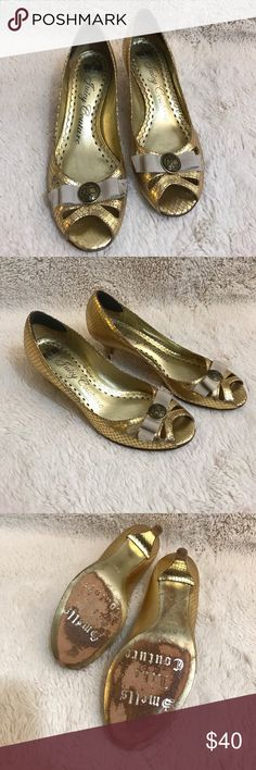 Juicy Couture Size 6.5 gold heels Classic Juicy Couture heels! Can't go wrong with these beautiful gold peep toes. Shoes show some wear as pictured. Ask all questions prior to purchase •  bundle to save •  willing to consider any reasonable offer  <3 Juicy Couture Shoes Heels