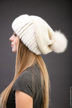Меховая шапка с помпоном с норкой – купить или заказать в интернет-магазине на Ярмарке Мастеров   Меховая шапка с помпоном. Выполнена на…