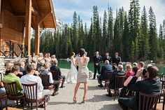 Another post on unplugged weddings that has convinced me to do the same!!