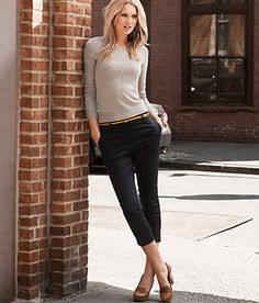 Fitted crewneck, skinny belt, tailored cropped pants and a loafer heel = perfection.
