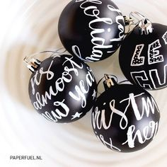Handlettered xmas balls... New addiction!! ;-D #lettering #christmas #handmade #paperfuel