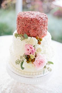 Modern Botanical Wedding Inspiration / Tidewater and Tulle | A Virginia Wedding Blog