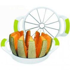 Cortador de Melón y Piña - En pocos segundos un melón listo para comer y presentar en la mesa.