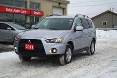 2011 Mitsubishi Outlander LS 4x4 in Ottawa, Ontario