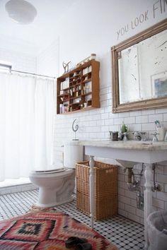 No More Matchy-Matchy Bathroom Decor: Unexpected Looks #subwaytile