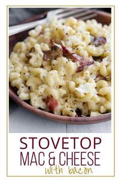Macaroni and cheese is a favorite fall comfort food. Easy weeknight family dinner idea. Best stovetop recipe. Fall main course ideas. Yummy homemade mac & cheese for grownups Mac N Cheese Bacon, Fancy Mac And Cheese, Cheesy Mac And Cheese, Stovetop Mac And Cheese, Mac Cheese Recipes, Mac And Cheese Homemade, Bacon Recipes, Macaroni And Cheese, Easy Dinner Recipes