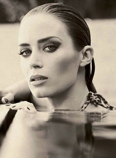 Emily Blunt. Great portrait of her.