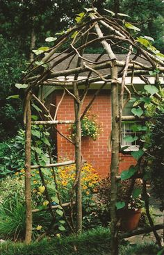 Build a Garden Archway Using Forest Materials
