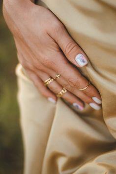 manicure smalto di colore bianco con disegno semipermanente unghie corte Chrime Nails, Stiletto Nails, Nails Inc, Long Nail Designs, Gel Designs, Cute Nail Designs, Short Nails, Long Nails, Turqoise Nails