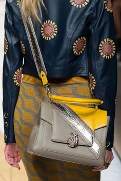Trussardi 1911 at Milan Fashion Week Spring 2017 - Details Runway Photos