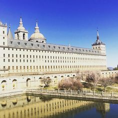 Made a detour to San Lorenzo de El Escorial on my way back to Madrid. It's a monastery and royal place from the late century and well worth getting lost (TWICE!) to visit. 16th Century, Luxury Travel, Paris Skyline, Taj Mahal, Around The Worlds, Adventure, Places, Spain Madrid, Lost
