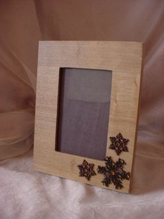 Wooden Photo Frame w Snowflakes Winter Holiday Decor Prop Style 4 by 6 Picture #Unbranded #Winter Seller florasgarden on ebay