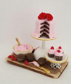 escala 1: 12 chocolate frambuesa torta y cupcake preparación Junta