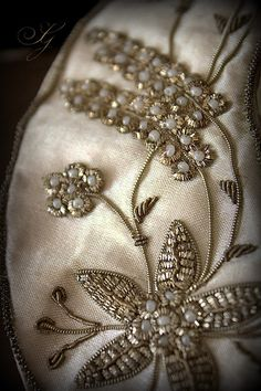 Goldwork & pearls embroidery