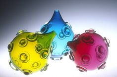 Mace Vase: Cristy Aloysi, Scott Graham: Art Glass Vase | Artful Home <3<3<3QUIRKY & FAB COLOURS<3<3<3