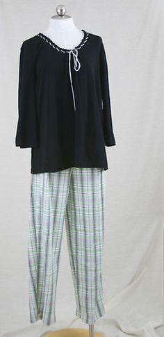Karen Neuburger Stylish Pajama Set Black Green Medium NWT