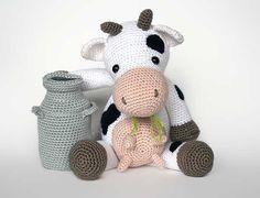 Buy Klaartje the cow amigurumi pattern - Amigurumipatterns.net