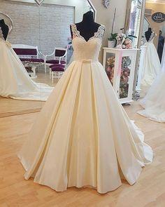 Noble Wedding Dresses,lace v neck backless Chapel train Wedding Dresses by prom dresses, $186.00 USD