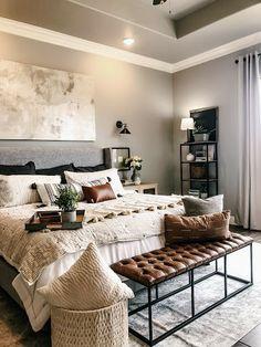 Modern Farmhouse Dark Furniture, Cottage Furniture, White Bedroom Furniture, Home Decor Bedroom, Bedroom Ideas, Small Room Bedroom, Small Rooms, Bedroom Lamps, Furniture Vintage
