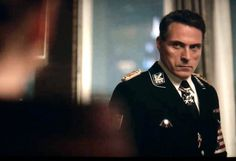 """- The Himmlers & Obergruppenfuhrer Goertzmann have dinner w/the Smiths. What a great (and incredibly tense) scene, & what a darkly humorous line from Helen: """"He's one coughing fit away from having you eliminated, John. Rufus Sewell, High Castle, John Smith, Mature Men, Will Smith, The Man, Sexy Men, Tv Series, Hot Guys"""
