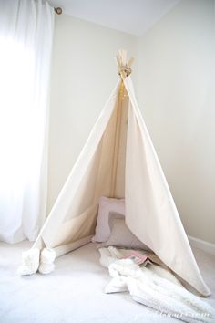 How to make a quick, easy, & sturdy teepee in less than an hour!