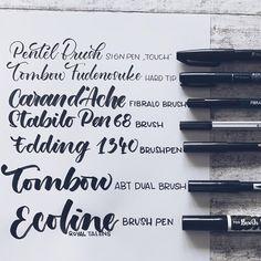 """Gefällt 167 Mal, 10 Kommentare - Melanie 🇨🇭 (@mel_lettering) auf Instagram: """"Was sind denn so die Besten Brushpens für Handlettering Anfänger? Guuuute Frage! Das ist ja eine…"""" Tips, Battle, Calligraphy, Instagram, Fiber, Cards, Rings, Lettering, Advice"""