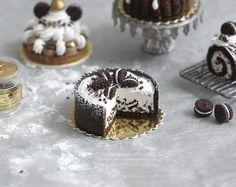 Delectable OREO Cheesecake- Dollhouse Miniature Cake 1:12