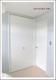 息子の部屋。ブルーグレーの壁紙の色について   うつりゆく日々...