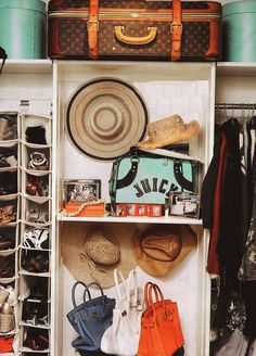 Inspiring 17 Awesome Dream Closet Ideas : 17 Awesome Dream Closet Ideas With Hats And Bags Rack