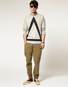 Sweatshirt With Bold Triangle Cut And Sew Detail from ASOS, Beige Low waist straight cut pants with color- paneled sneaker, fun weekend look