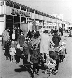 In Halle-Neustadt, 1971