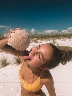 How to Take Good Beach Photos Summer Goals, Summer Fun, Summer Feeling, Summer Vibes, Beach Pictures, Cute Pictures, Cute Summer Pictures, Bff, Vsco