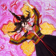 Time whirls in dance  Время водит хоровод    Photo: Yakovlev Andrey Art director: Lili Aleeva Models: Sharaburova Sofya, Adayeva Yulia, Nurmukhametova Eleonora,  Starodubtseva Anna, Menkova Yulia, (MD Models), KarpovaArsenia Fashion designers:Lebedeva Zoya, Moskvina Tatyana Hairdresses: Zavarzina Oksana Make-up: Bondarchuk Natalya Graphics: Vafina Natalya Curator of shooting: Denisheva Elena  Producer: Yuminov Alexander  Project in the exhibition «Contemporary Udmurtia»2015   (600×600)