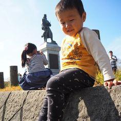 【mogcho】さんのInstagramをピンしています。 《📷✨❇ 小さなカメラマンが全然こっち向いてくんない😸 * #カメラ初心者#ママカメラ #olympusomdem10markii  #olympusomd #omd #OLYMPUS#オリンパス #オリンパス倶楽部 #カメラ好きな人と繋がりたい #写真好きな人と繋がりたい #子供#子供の写真#子供写真 #ミラーレス一眼#ミラーレス * #3才#3歳#親バカ#親バカ部 #山#森#草原#紅葉#紅葉狩り #小さなカメラマン》
