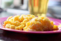 Scrambled eggs – sådan kandu lave dem.  Scrambled eggs er både nemt… Scrambled Eggs, Macaroni And Cheese, Brunch, Healthy Recipes, Ethnic Recipes, Posts, Food, Mac Cheese, Health Recipes