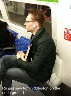 Хиддлстон в метро