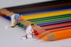 https://flic.kr/p/E3Urpj | Colour my Pencil | In Little World wird fleissig an den neuen Farbanstrichen für die Buntstifte gearbeitet! -------------------------------------- The Painters work hard at some new colours for the pencils in little world!