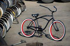 OLD SKOOL Men\'s Beach Cruiser Bike - Flat Black / Red