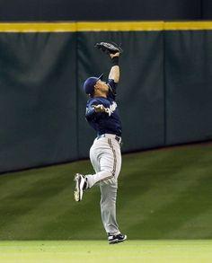 Milwaukee Brewers Team Photos - ESPN 8c59b73716fd