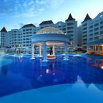 Pool - Picture of Luxury Bahia Principe Runaway Bay Don Pablo Collection, Runaway Bay - TripAdvisor